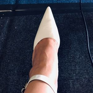 NINE WEST WHITE LEATHER POINTY CLOSED POINTY TOE